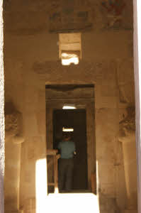 Hatshepsut temple-light box